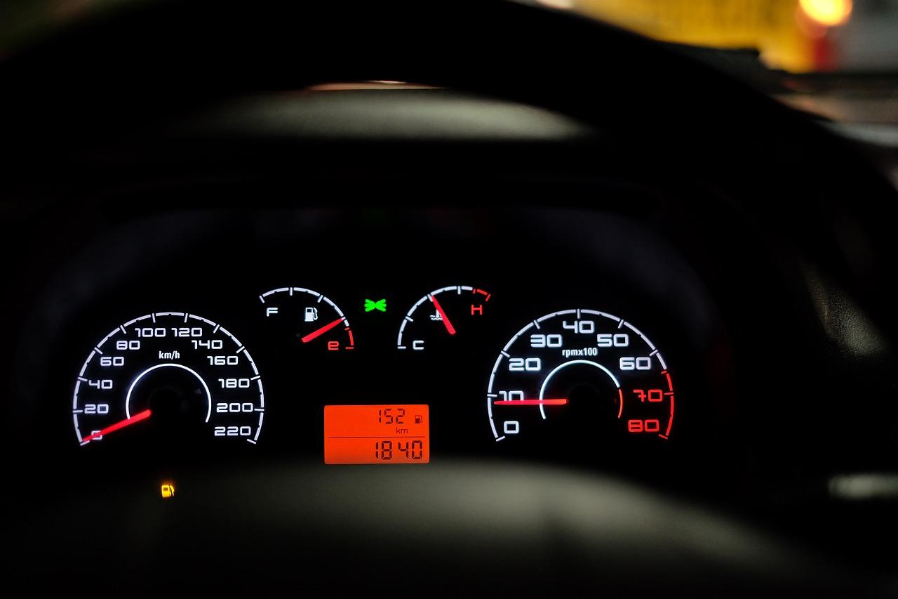 Bardzo dobry Kupimy twój samochód. - Naprawy powypadkowe - instalacje gazowe BY52